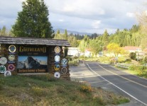 Our Mountain Town - Groveland Entrance